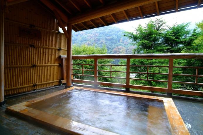 女性専用大浴場「小霧の湯」露天風呂