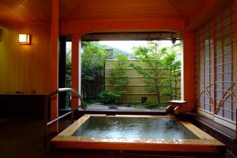無料で利用できる貸切温泉、早雲の湯