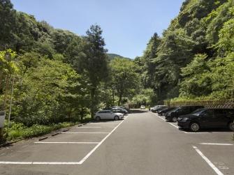 広々駐車場も完備しております。